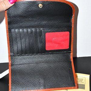 Dooney & Bourke Bags - Dooney & Bourke  Pebble Leather  Continental Clutc